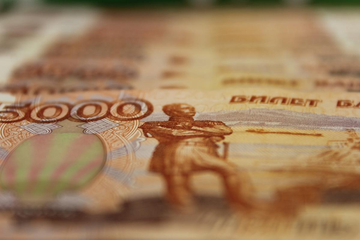 Житель Башкирии может на восемь лет загреметь в колонию за покупку товаров фальшивой купюрой