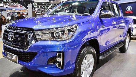 Тойота выпустила нарынок новый пикап Hilux