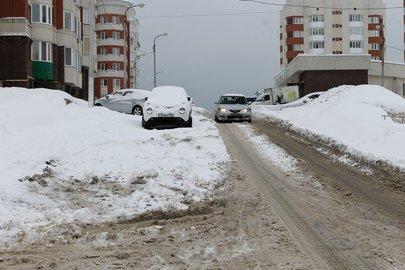 Засутки изУфы вывезли неменее 3-х тыс. кубометров снега