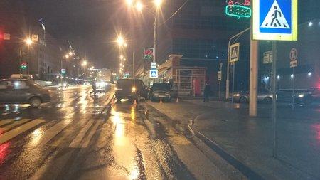 ВУфе ВАЗ-2110 протаранил Лэнд Ровер: пострадали 4 студента