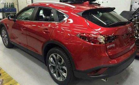 Mazda назвала цены на новый кроссовер CX-4
