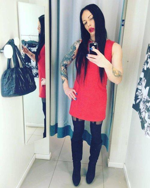 transseksuala-anzheli-likinoy