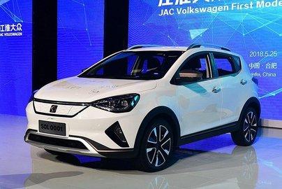 JAC и VW начали выпуск кроссовера под брендом SOL