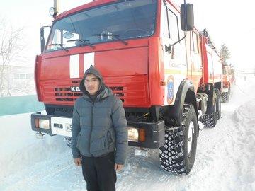 В Башкирии юноша вытащил из горящего дома пятерых малолетних детей