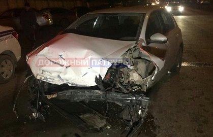 ВУфе произошла массовая авария сшестью автомобилями