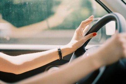 ВБашкирии улюбительницы погонять зарулем внетрезвом виде отобрали автомобиль