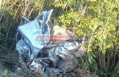 ВБашкирии фура снесла ВАЗ-2104, два человека погибли