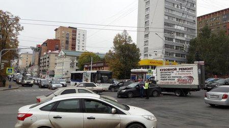 ВУфе вДТП попал автобус сдетьми