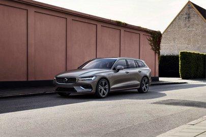 Универсал Volvo V60 официально представили публике