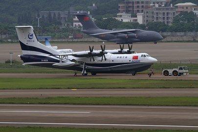 1-ый полет китайского самолета-амфибии состоится в текущем 2018г.