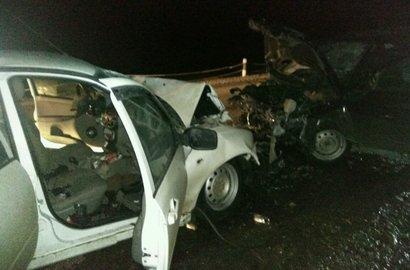 Встолкновении 2-х легковых автомобилей вБашкирии погибли три человека