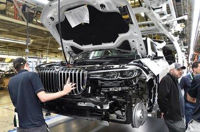 Серийный кроссовер BMW X7 представят в ноябре