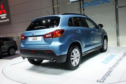 Mitsubishi вновь отзывает в России десятки тысяч автомобилей